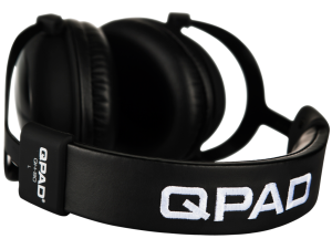 1024x768-QH85-Black-headband-nobackground