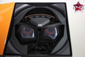 Un beau casque dans une belle boîte
